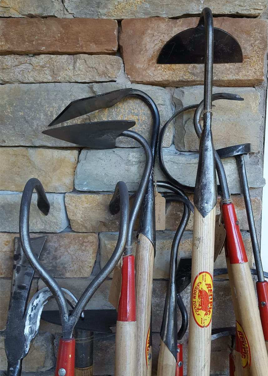 Red Pig long-handled tools now available on the website