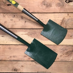 The forged spades from Bulldog come in a variety of sizes. The two smallest don't have treads and are useful for tightly planted areas, borders, and gardeners who prefer smaller sized tools. At top is the 7